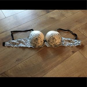 Women's Victoria's Secret Bra